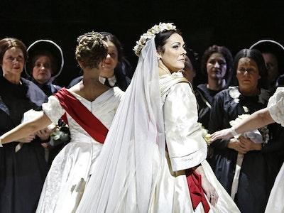 Oper Norma
