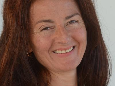 Angela Bernet